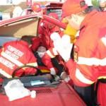 Accident rutier cu victime încarcerate, la ieșirea din localitatea Petrești spre Săsciori