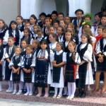 Depuneri de coroane şi concert susţinut de elevii Şcolii Generale din comuna Câlnic cu ocazie Zilei Eroilor