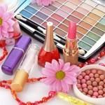 Femeie de 37 de ani din Sebeș cercetată penal după ce a furat produse cosmetice dintr-un supermarket
