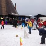 Vezi cum s-au distrat turiştii la ediția din 2014 a Serbărilor Zăpezii de la Şureanu