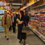 Oficialităţi locale şi oameni de afaceri, prezenţi la inaugurarea magazinului BILLA din Sebeș
