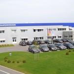 Victor Ponta și Ion Țiriac participă la Sebeș la inaugurarea lucrărilor la noua fabrică Daimler pentru cutii de viteze