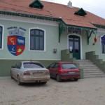 Consiliul Local al comunei Şpring  mai are 9 membri din 11, după ce doi consilieri au rămas fără funcţii