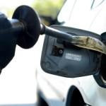 """Un bărbat din Sebeș este cercetat pentru furt după ce a făcut plinul într-o benzinărie și a """"uitat"""" să plătească"""