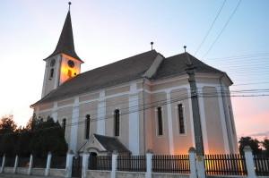 biserica-evanghelica-petresti
