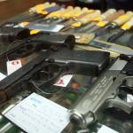 Bărbați din Sebeș cercetați penal pentru nerespectarea regimului armelor şi muniţiilor