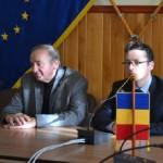 Conferinţa, care a avut loc astăzi la Primăria din Sebeș, pe tema deschiderii noii fabrici de formaldehidă s-a transformat într-o manifestare dezorganizată