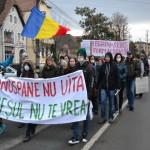 Miting de protest la Sebeş. Peste 1500 de sebeşeni au ieşit în stradă împotriva poluării