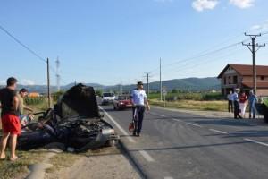 accident-petresti-cap-de-pod-12-iul-2015
