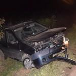 Două persoane rănite după ce un autoturism s-a răsturnat în șanț pe DN7, în apropiere de Lutsch 2000