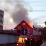 Incendiu la acoperișul unei case din Sebeș