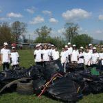 Kronospan a organizat o acțiune de ecologizare în zona stadionului Pielari din Sebeș
