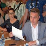 """Radu Cristian, consilier local PRU: """"Cer Primăriei și CL Sebeș să ia o poziție oficială față de acțiunea prin care SC Kronospan a chemat în instanță cinci protestatari de la mitingurile antipoluare"""""""