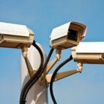 Dosar penal pentru un bărbat din Doștat după ce a sustras o cameră de supraveghere