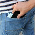 Dosar penal pentru un bărbat de 32 de ani din Vințu de Jos, după ce a sustras portofelul unui consătean
