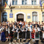 """Paradă a portului popular, în deschiderea celei de-a XIV-a ediții a Festivalul Național de Folclor """"Felician Fărcaşiu"""" de la Sebeș"""