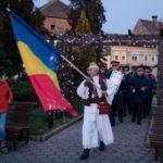 Sute de localnici au participat, în Parcul Primăriei din Sebeș, la ceremoniile dedicate Zilei Naționale a României