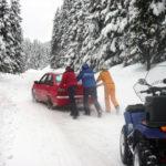 Intervenție a jandarmilor montani pentru salvarea unor turiști rămași blocați în două autoturisme pe DN 67C – Transalpina