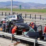 Două persoane au fost rănite după ce trei autoturisme au intrat în coliziune pe Autostrada A1, în dreptul localității Pianu