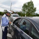Bărbat de 33 de ani din Câlnic, surprins în timp ce conducea fără permis un autoturism fără plăcuțe de înmatriculare