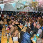 """""""Oktoberfest-ul"""" organizat la Domeniile Martinutzi din Vințu de Jos a atras peste 1000 de participanți"""