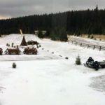 Trecerea la ora de iarnă a adus zăpadă în Munții Șureanu