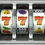 """Dosar penal pentru un tânăr de 29 de ani din Sebeș, după ce a distrus ecranul unui aparat """"slotmachine"""" dintr-o sală de jocuri de noroc"""