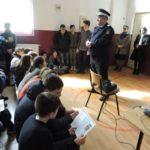 """Jandarmii din Cugir, în vizită la Școala Gimnazială """"Mihail Kogălniceanu"""" din Sebeș, în cadrul programului """"Școala Altfel"""""""