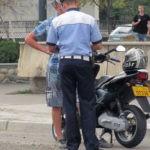Tânăr de 19 ani din Vințu de Jos cercetat de polițiști, după ce a fost surprins în timp ce conducea fără permis un moped neînmatriculat
