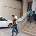 Cei trei tineri acuzați că ar fi violat și tâlhărit o minoră de 17 ani, pe o pășune din Daia Română, duși la Parchetul de pe lângă Judecătoria Alba Iulia