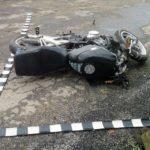 O motociclistă din Germania și-a pierdut viața pe DN 67C, după ce s-a izbit frontal de un autoturism care circula regulamnetar