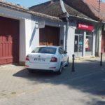 """Un """"Dorel din Diaspora"""" s-a făcut stăpân pe un trotuar din Sebeș"""