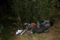 Motociclist de 42 de ani rănit grav, după ce a căzut pe un deal din apropiere de Loman
