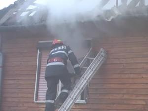 incendiu-casa-300x225